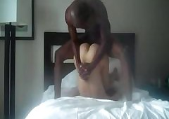 Tubo pornô inter-racial - bichano ebony xxx